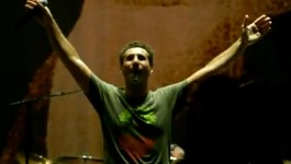 Serj Tankian in Support of Teghout