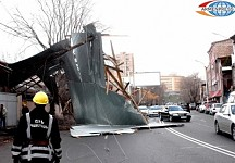 Strong winds tore roofs in Yerevan