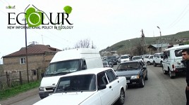 Construction Works Stopped in Azat Gorge, But Residents Continue Blocking Highway