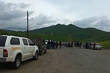 Protest Demonstration against Amulsar Project - Day 3: Jermuk and Gndevaz Residents Launched Signature Collection To Apply To Nikol Pashinyan