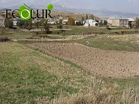 Verin Getashen Resident Claiming: Village Municipality Gave His Land Areas to Company Developing