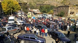 Alaverdi Copper Smelting Employees Stopped Protest Demonstration