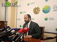Minister: Phosphorus Concentrations Higher in Cage Nets of