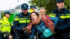 London Police Detained 276 Activists of Extinction Rebellion