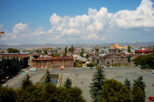 MANY FAMILIES IN GYUMRI USE WOOD THAT WORRIES ENVIRONMENTALISTS