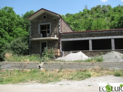 What to Do with Unfinished Construction in Khosrov? Reply Delayed