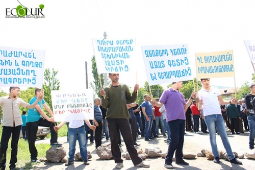 Garni Residents Applied to Armenian PM To Stop Construction Works of Qaghtsrashen Irrigation System