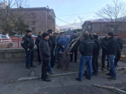 Protest Demonstration in Alaverdi: New Administration of Copper Smelter Promised to Pay Salaried By End of This Year