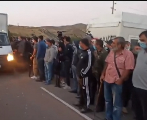 Residents Blocked Road Leading to Jermuk Resort Town (Supplemented)