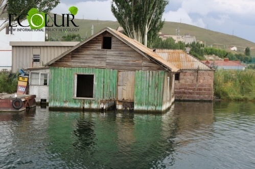 30 Buildings To Be Dismantled in Littoral Area of Lake Sevan